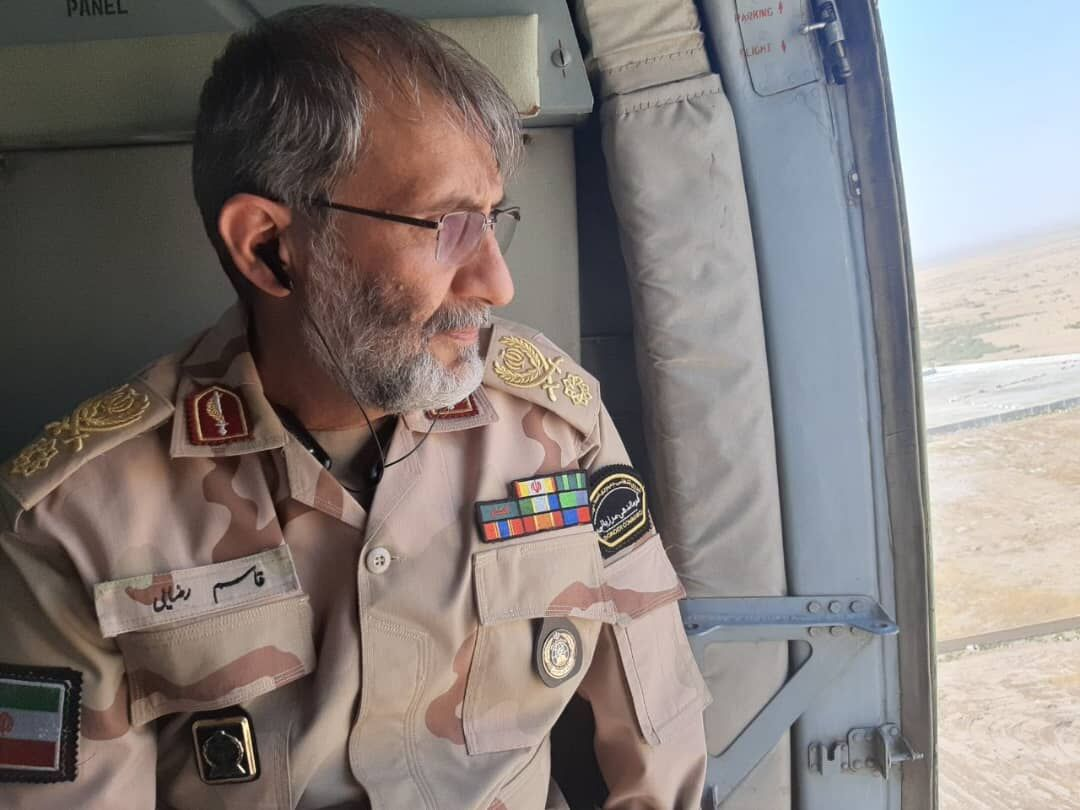 Commander: Imam Hossein's pilgrims can fly to Karbala, and get back by land