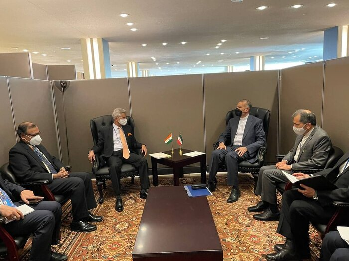 Ministers of foreign affairs of Iran, India emphasize need for broader ties